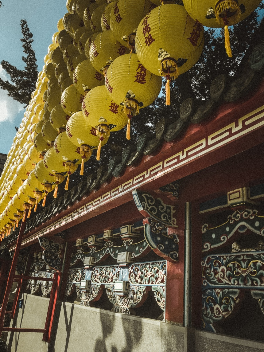 Lungshan temple 龍山寺 taipei taiwan travel famous temple must go