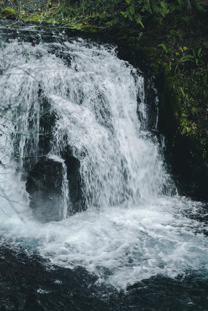Multnomah Falls, Columbia River Gorge USA travel